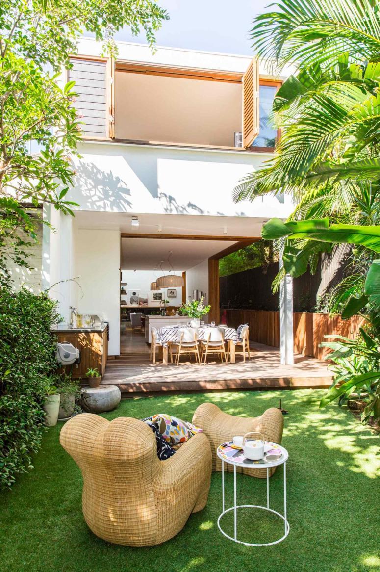 marimekko-garden-deck-20160203172110~q75,dx1920y-u1r1g0,c--